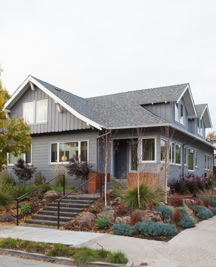 Complete Renovation Of A Two Story Bungalow In Oakland California 12