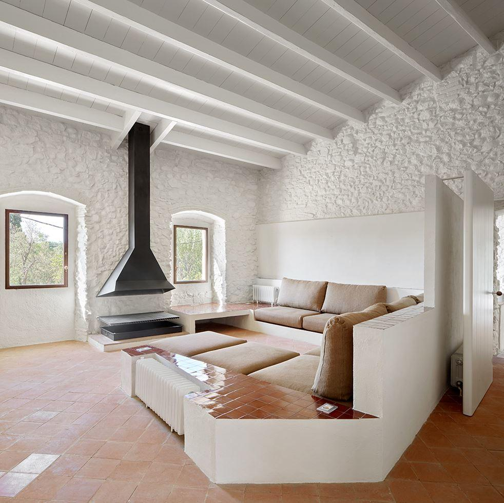 Farmhouse rehabilitated in Emporda, Spain (3)