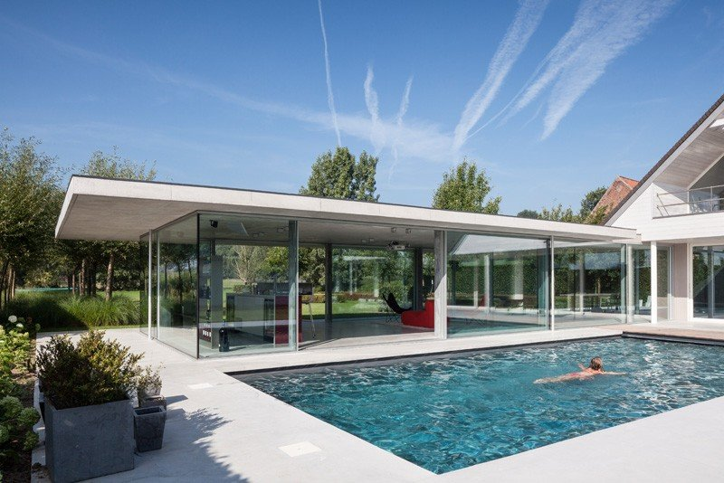 Glass And Concrete Pool House In Belgium (1)