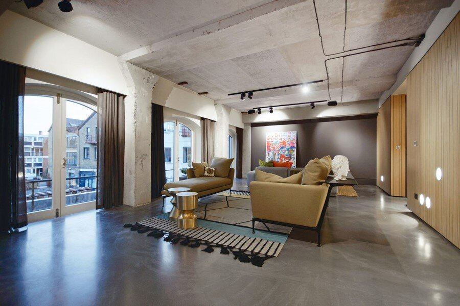 Industrial Warehouse Conversion at Ransome's Dock in London (14)