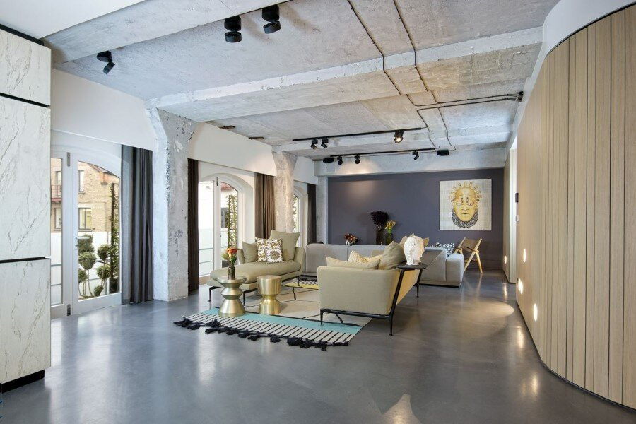 Industrial Warehouse Conversion at Ransome's Dock in London (5)