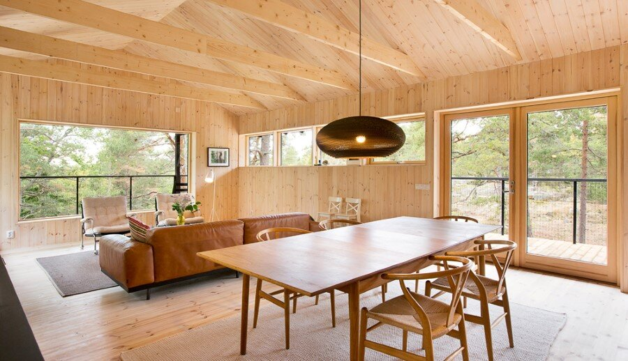 Single Story Vacation House on an Island in the Stockholm Archipelago (10)