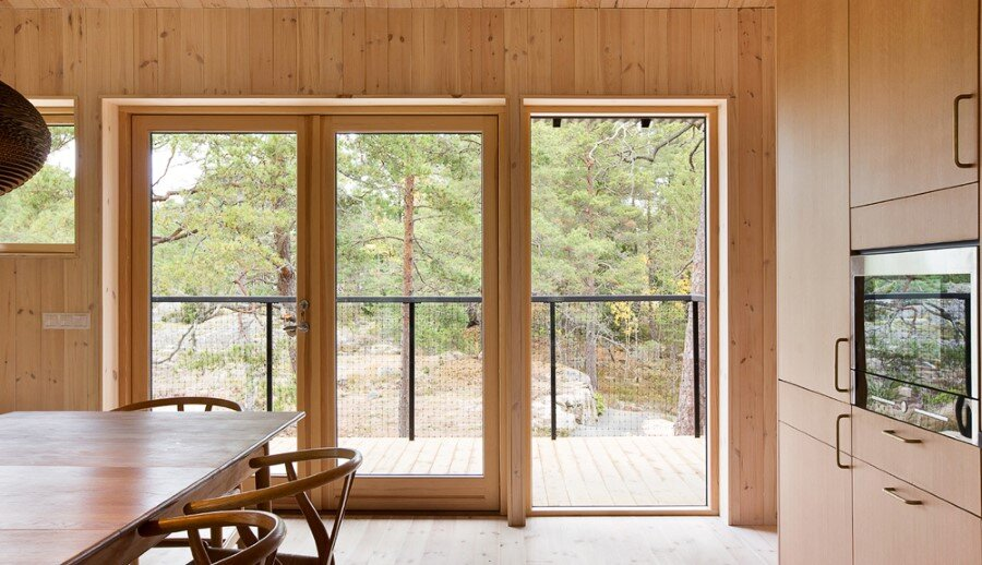 Single Story Vacation House on an Island in the Stockholm Archipelago (12)