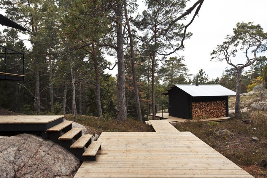Single Story Vacation House on an Island in the Stockholm Archipelago (3)