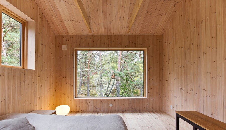 Single Story Vacation House on an Island in the Stockholm Archipelago (9)