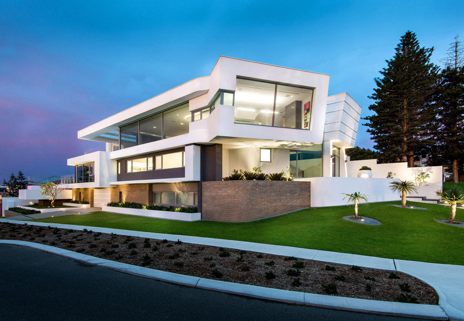 Summer Residence with a Dramatic Multi-Level Form