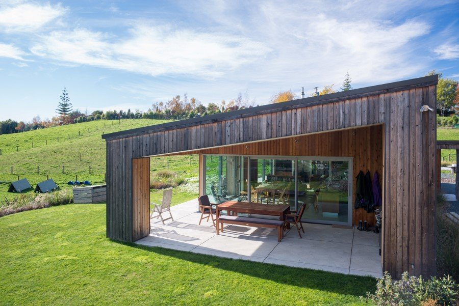 Tasman Lifestyle Home by Bell Stephenson Architects (1)