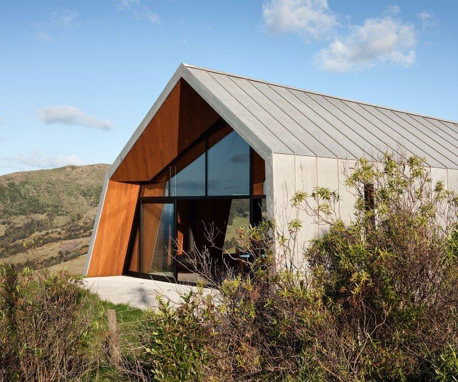 The Crossing House overlooking Pakiri Beach (1)