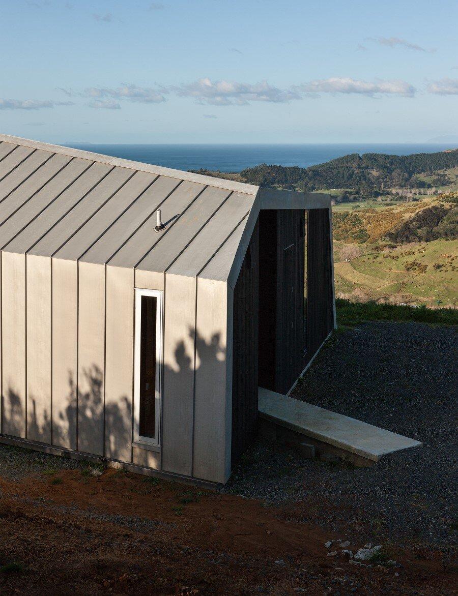 The Crossing House overlooking Pakiri Beach (12)