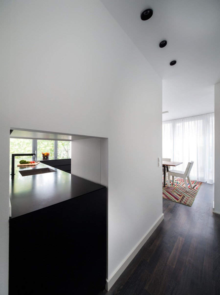 Two-Storey Flat Renovated by Schöne Räume in Frankfurt (4)