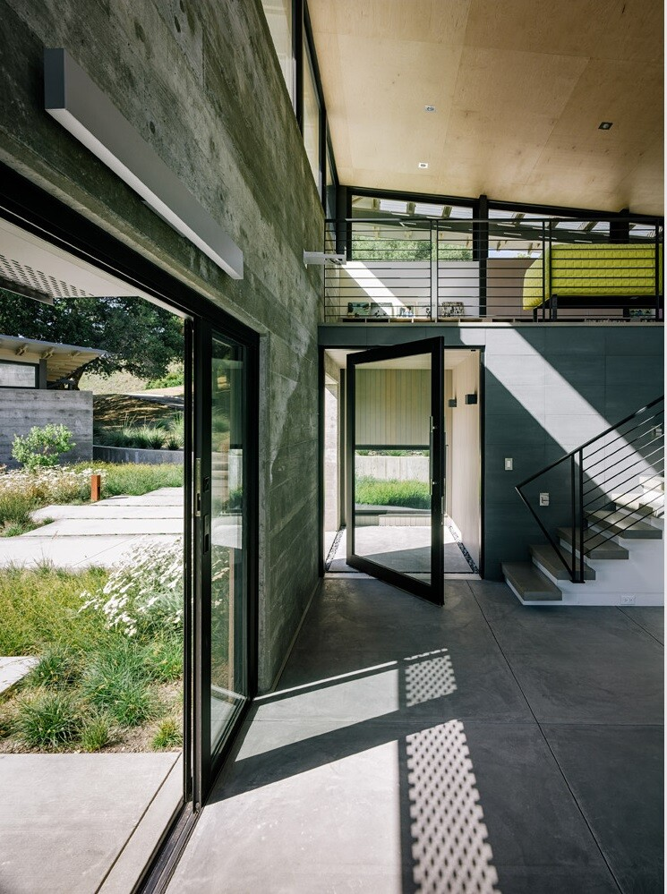 Butterfly Retreat with an Inspired and Modern Aesthetics (8)