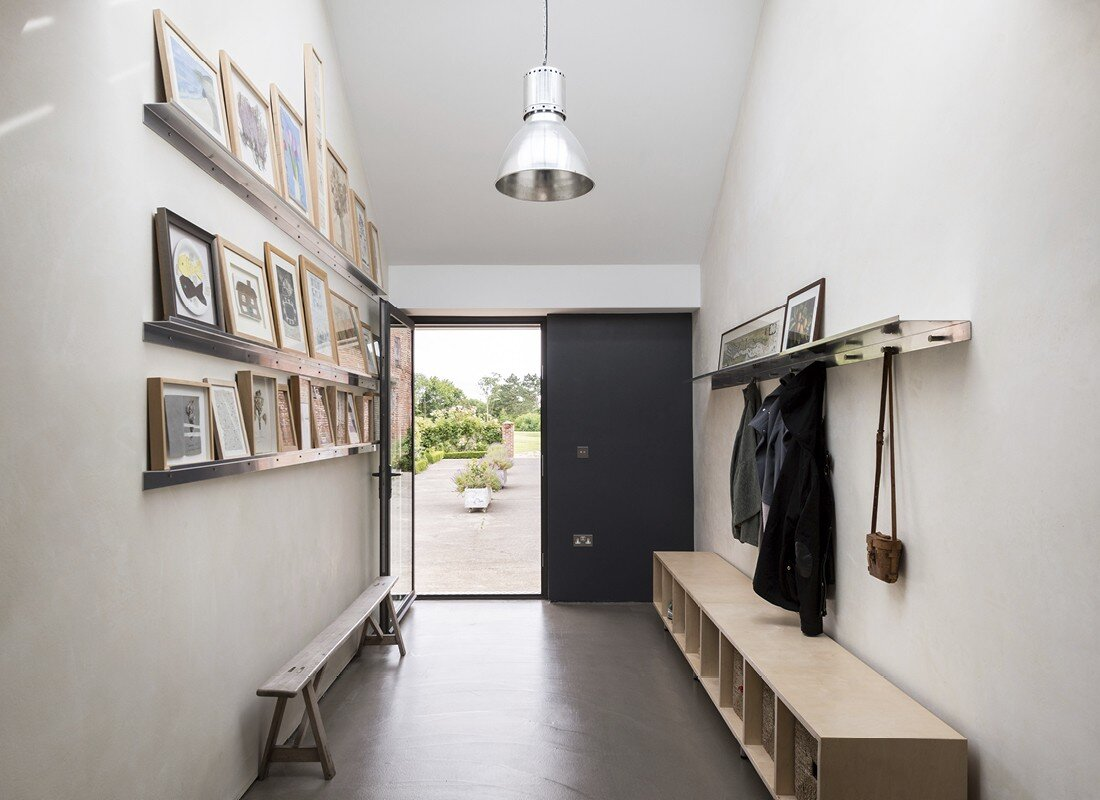 Contemporary barn conversion - Abbey Hall in the Picturesque Town of Eye (8)