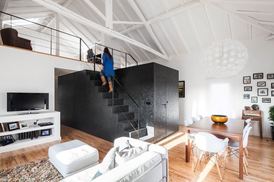 Converting a 50-Year-Old Barn in a Modern Home for a Young Family