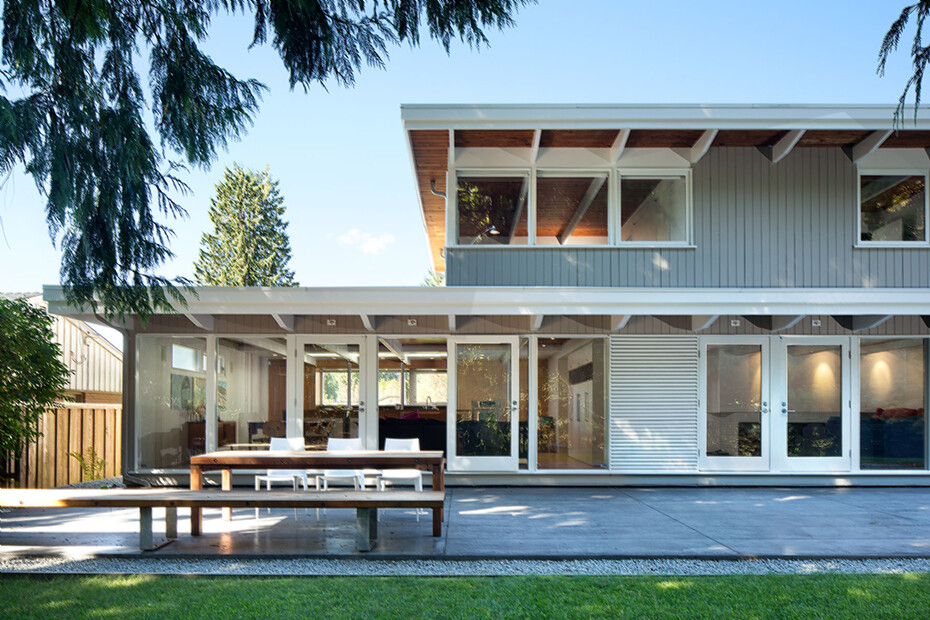 Glenview House - Renovation of a Mid 50′s House (4)
