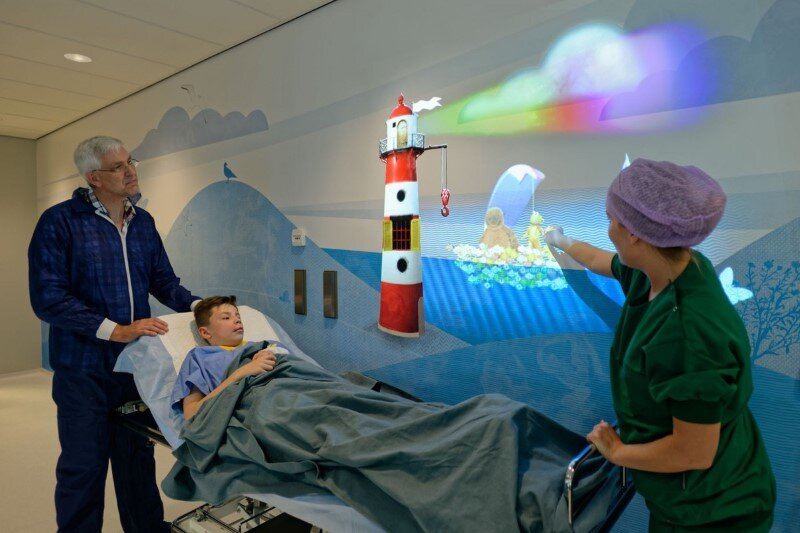 Juliana Children's Hospital - Healthcare Design with Creative Technology and Storytelling (17)
