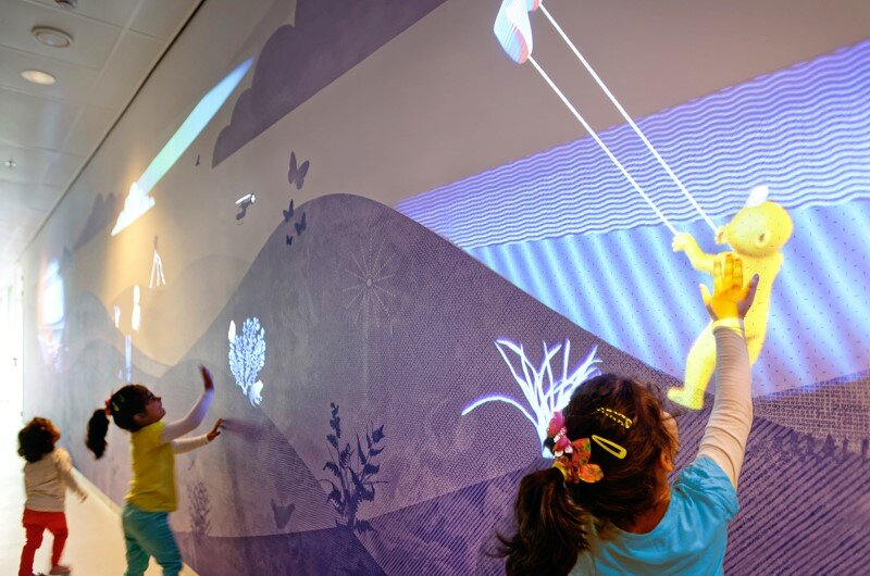 Juliana Children's Hospital - Healthcare Design with Creative Technology and Storytelling (18)