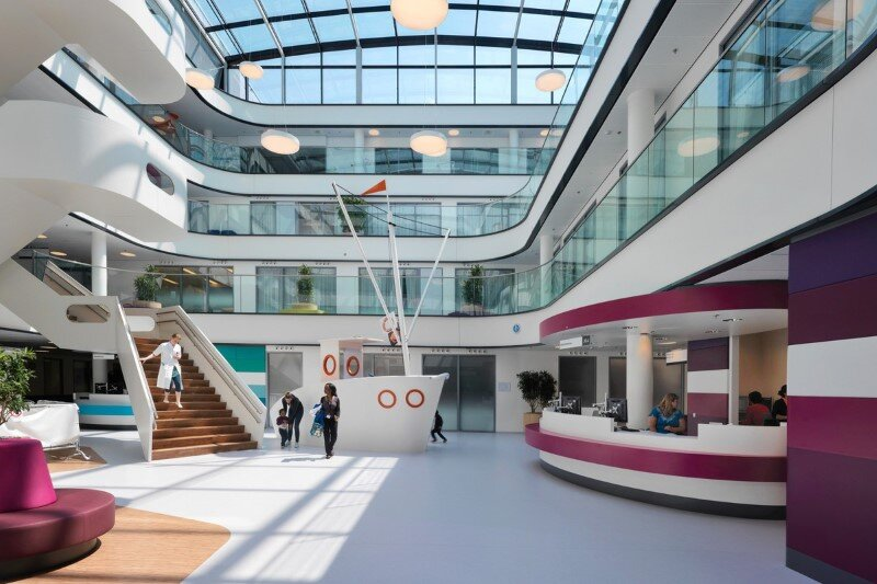 Juliana Children's Hospital - Healthcare Design with Creative Technology and Storytelling (20)