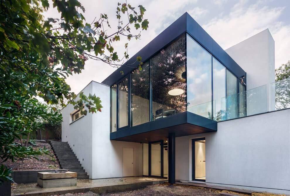 London House extended and modernized by Rado Iliev (2)