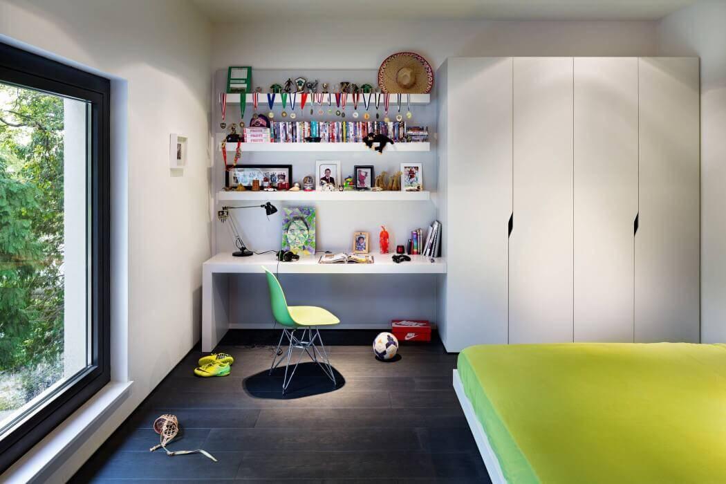 London House extended and modernized by Rado Iliev (7)