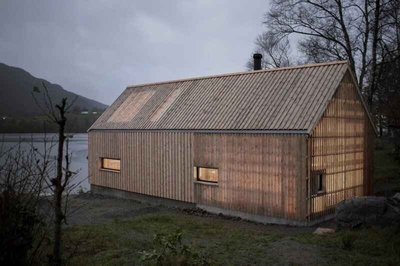 Old boat house converted into recreational space (11)