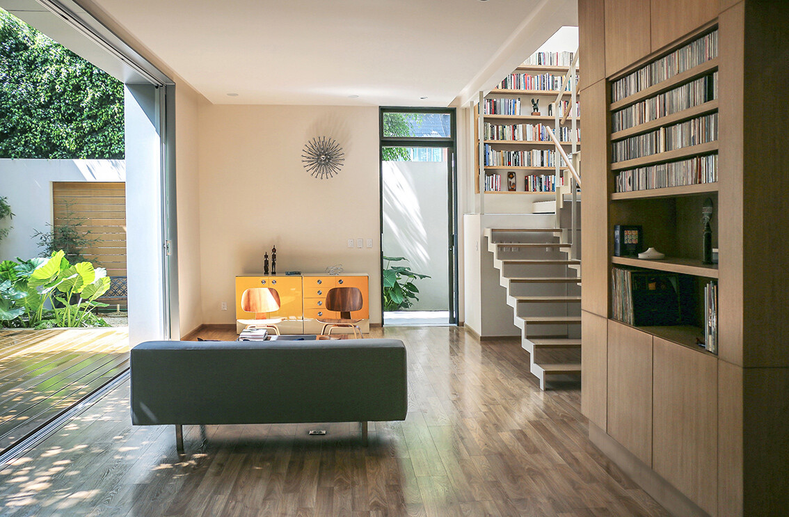 Small Eco-Friendly Home in Mexico City by Paul Cremoux Studio (15)
