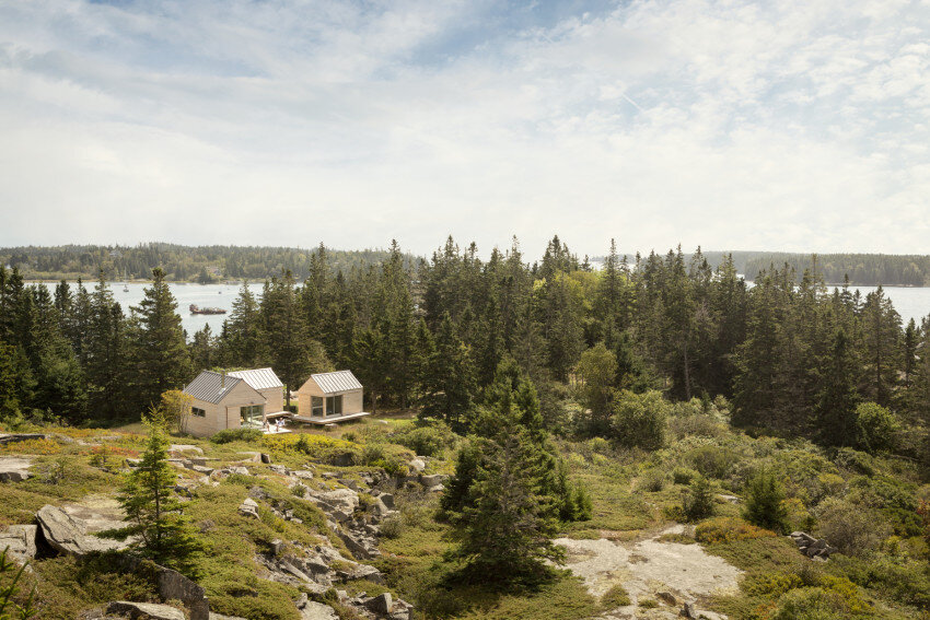Summer Retreat in Maine - Three Identical Cabins Connected by a Deck (22)