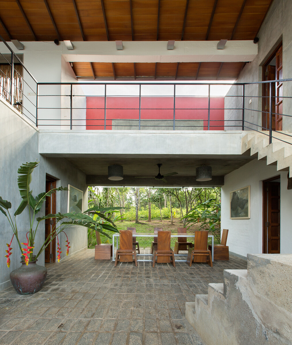 This Sri Lankan Beach Villa is Serene, Relaxed and Intimate (19)