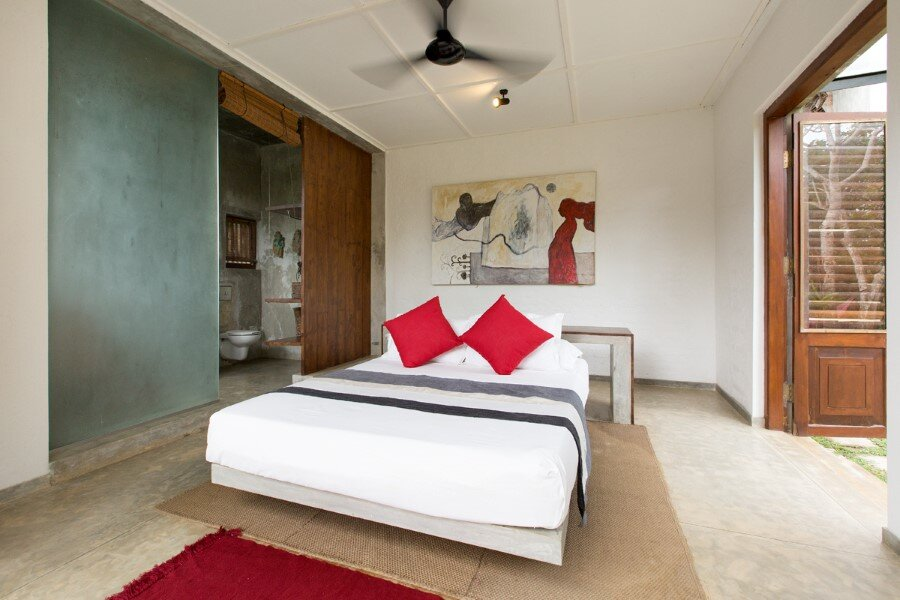 This Sri Lankan Beach Villa is Serene, Relaxed and Intimate (2)