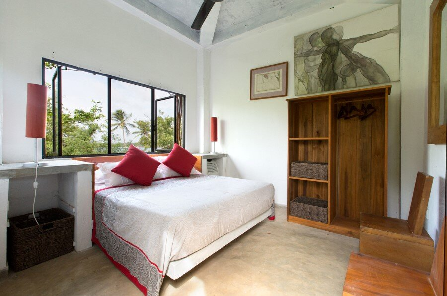 This Sri Lankan Beach Villa is Serene, Relaxed and Intimate (24)