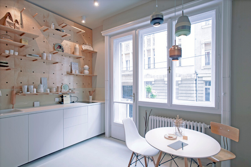 Tiny Home Away From Home - Modern Chic Apartment for Travellers (2)