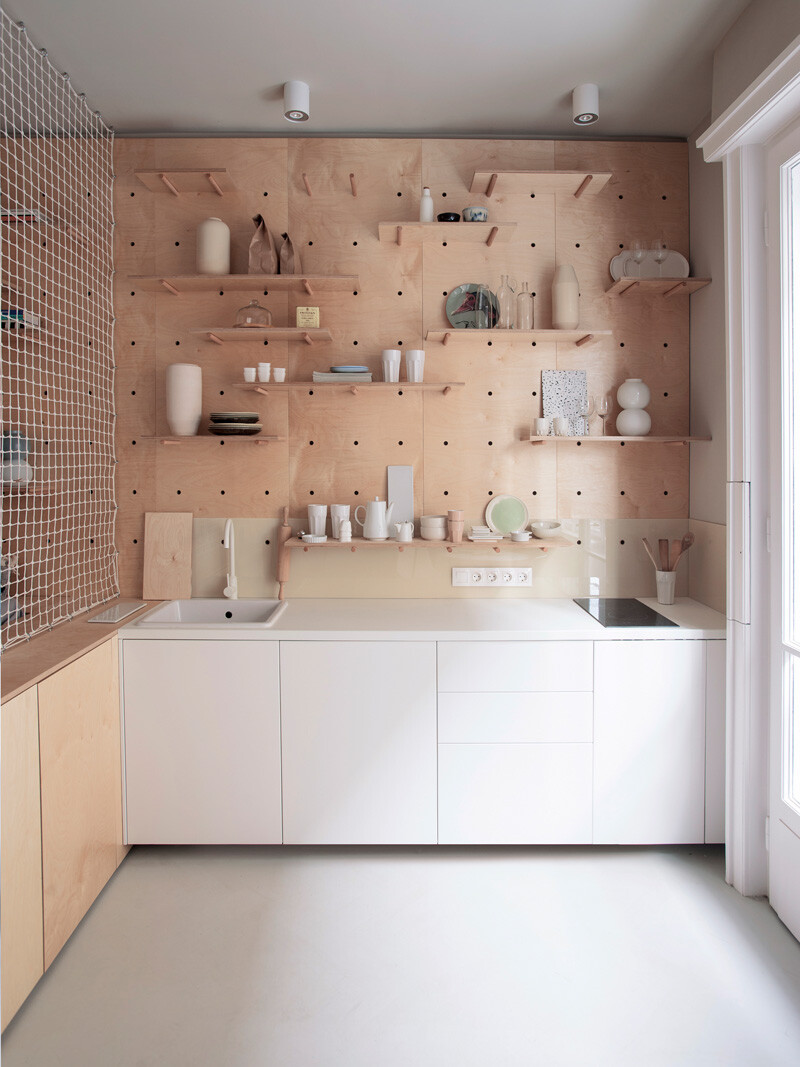 Tiny Home Away From Home - Modern Chic Apartment for Travellers (3)