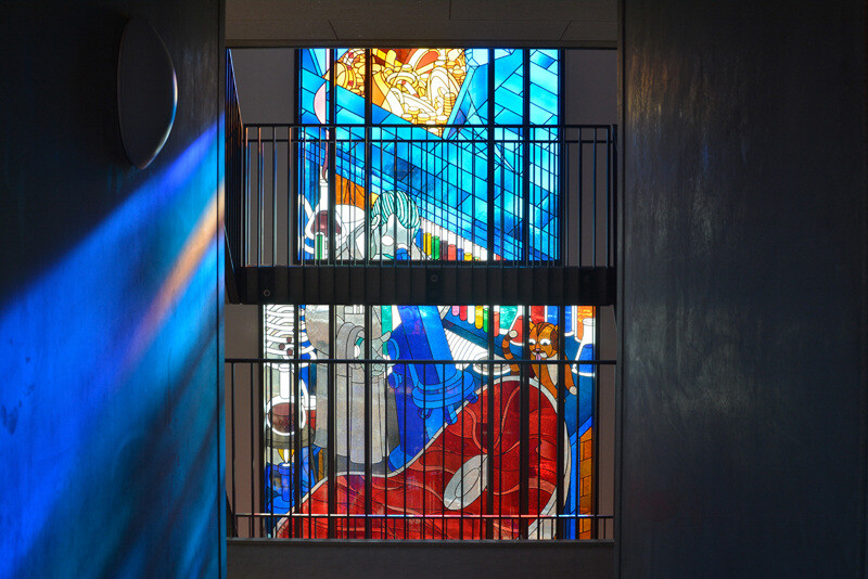 Two Stained Glass Facades Decorate a New Residential Project in Amsterdam (13)