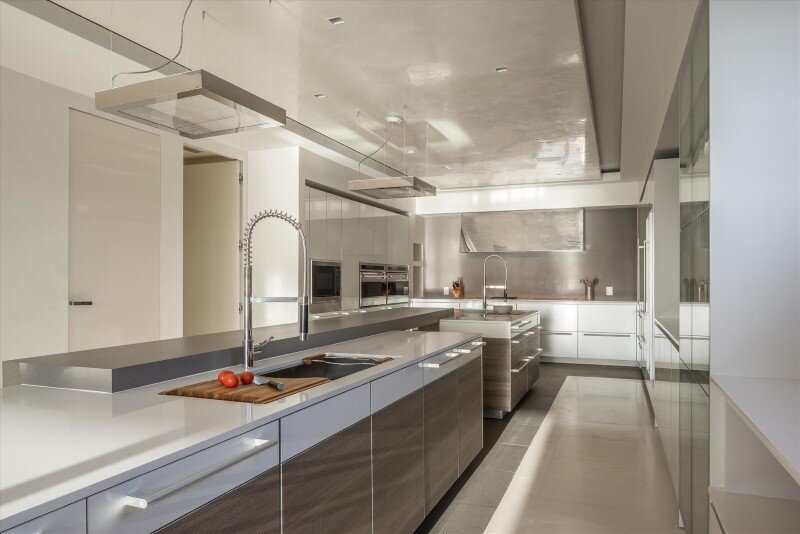 Award winning south florida kitchen by hausscape for Award winning kitchen designs 2010