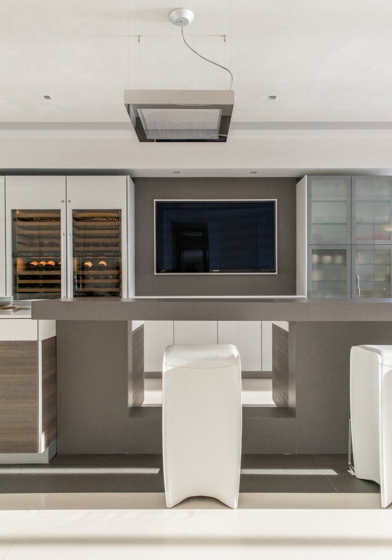 Award-Winning South Florida Kitchen by Hausscape (3)