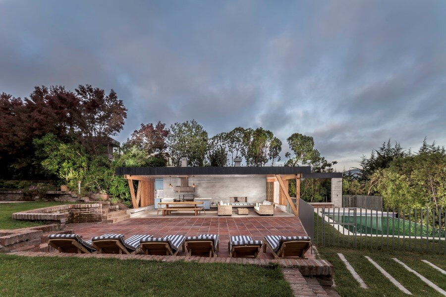 Backyard pavilion for a Beach House Chile (11)