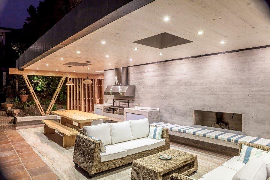 Backyard pavilion for a Beach House Chile (13)