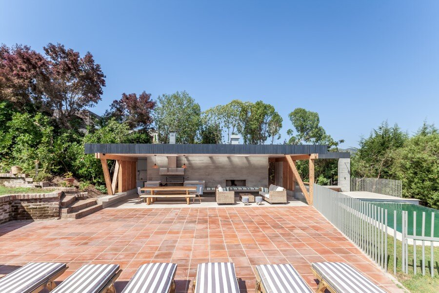 Backyard pavilion for a Beach House Chile (5)
