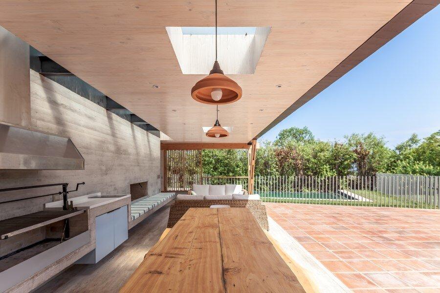 Backyard pavilion for a Beach House Chile (8)