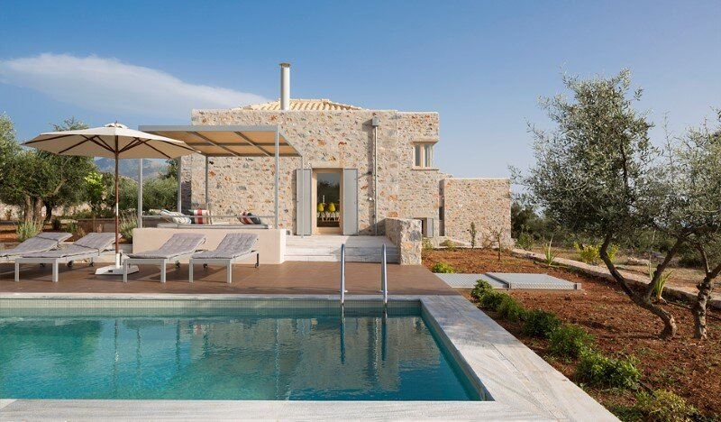 Greek Villa Elements of the Historic Houses into a Modern Context (1)