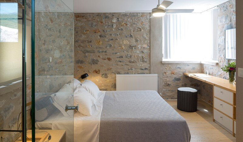 Greek Villa Elements of the Historic Houses into a Modern Context (10)