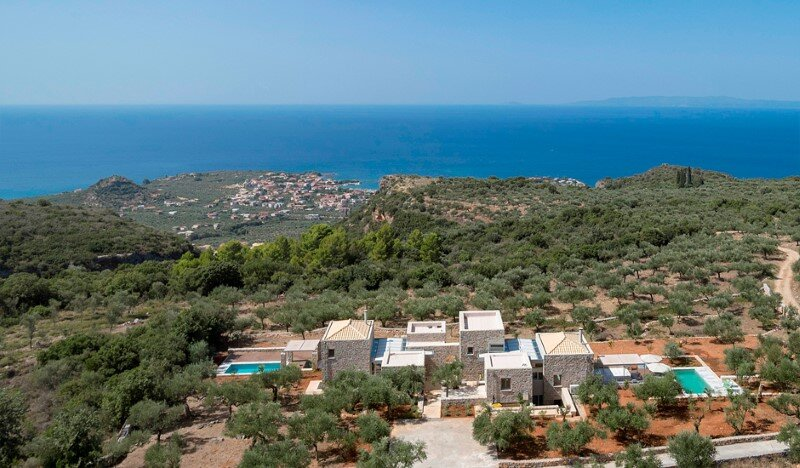 Greek Villa Elements of the Historic Houses into a Modern Context (3)