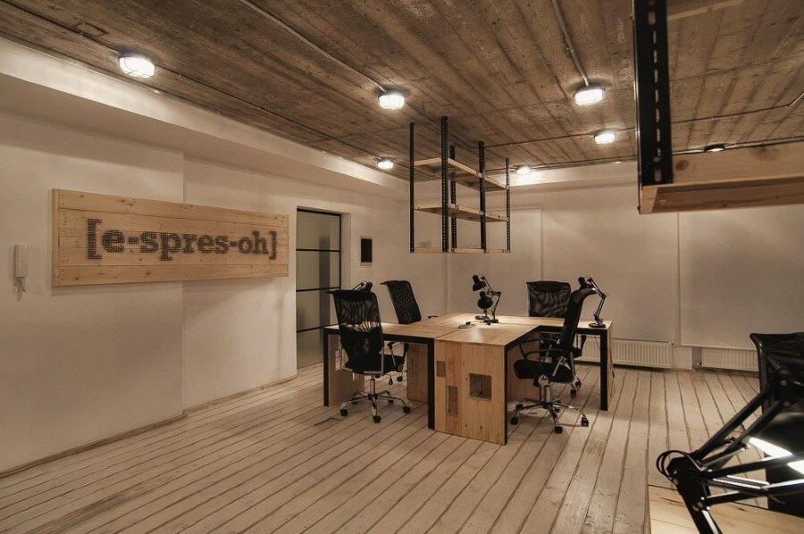 It office industrial style interiors designed by ezzo design for Industrial office interior
