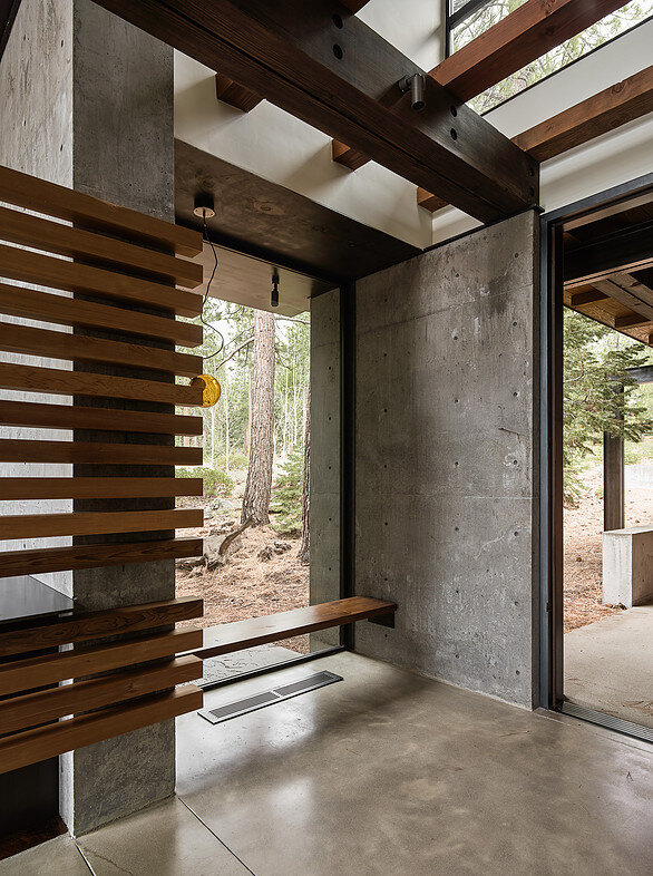 Martis Camp House in Northstar California by Faulkner Architects (12)