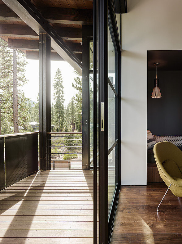 Martis Camp House in Northstar California by Faulkner Architects (2)
