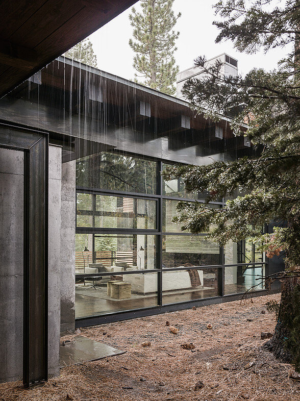Martis Camp House in Northstar California by Faulkner Architects (7)