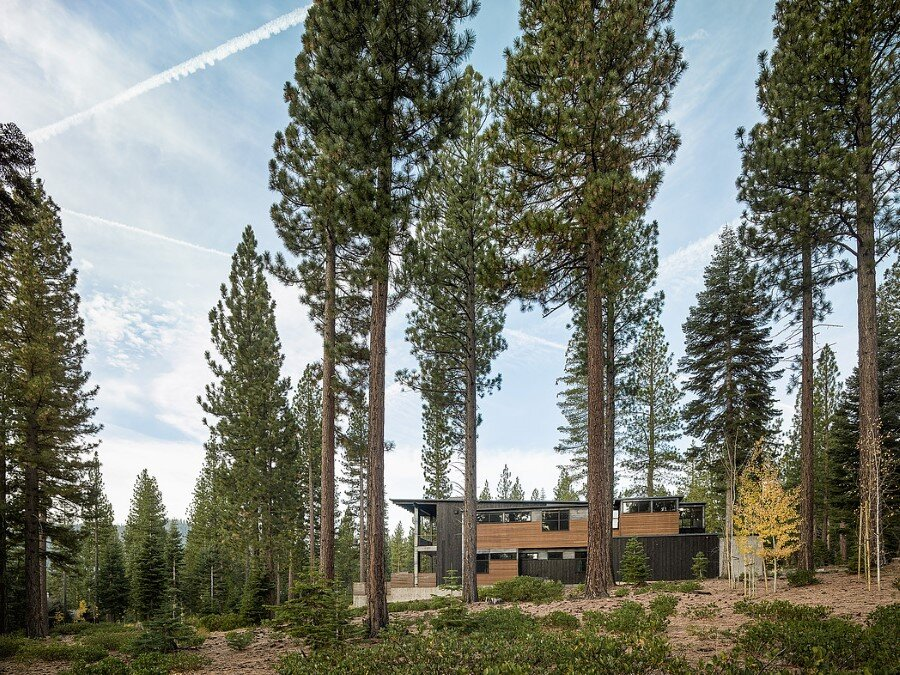 Martis Camp House in Northstar California by Faulkner Architects (8)