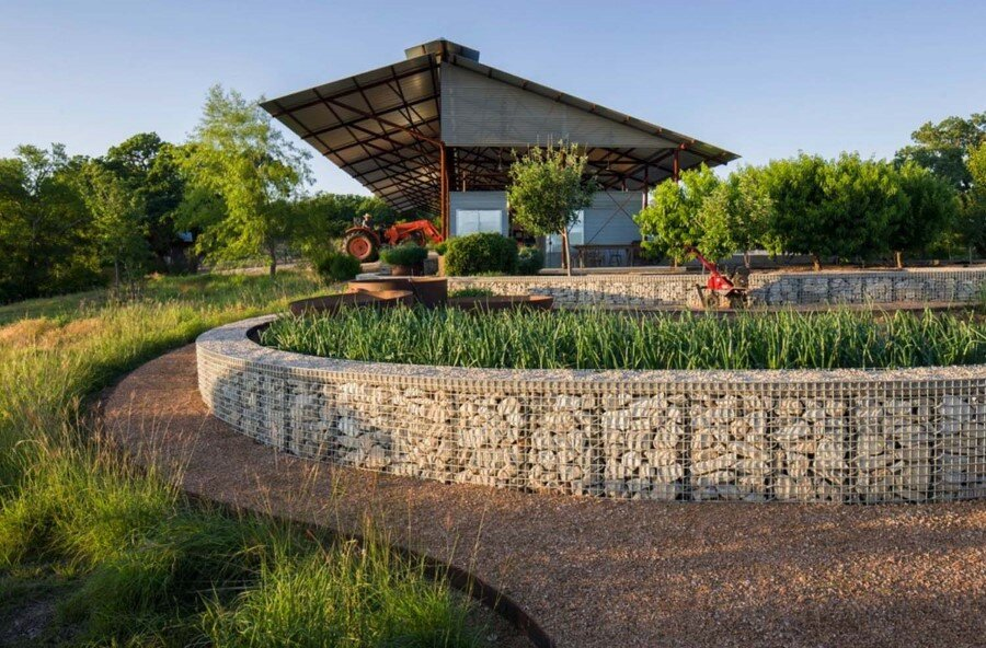 Mill Springs Ranch provides a water's edge retreat (5)