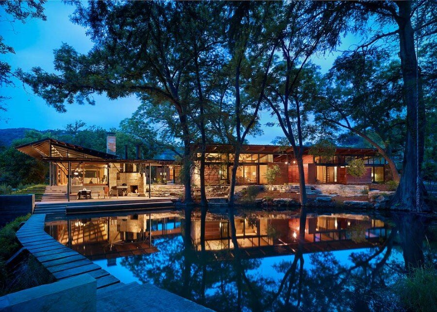 Mill Springs Ranch provides a water's edge retreat (8)