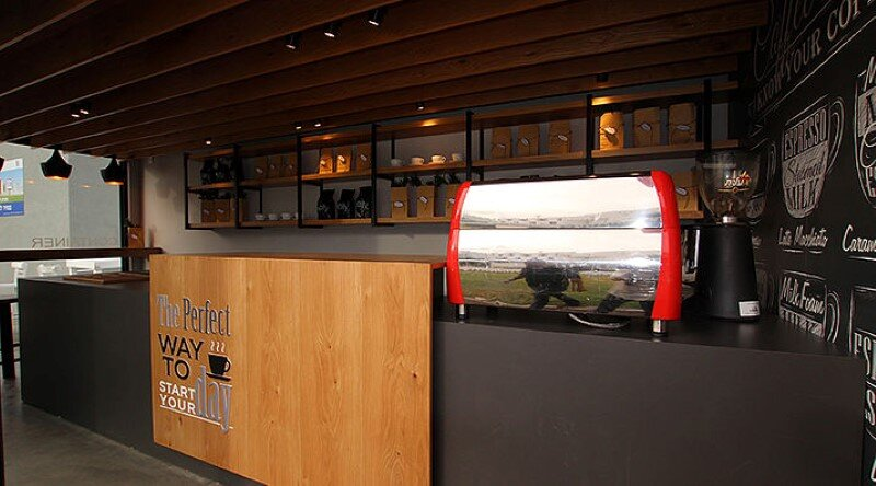 Mobile Coffee Shop Built in Five Weeks for a Design Competition (16)