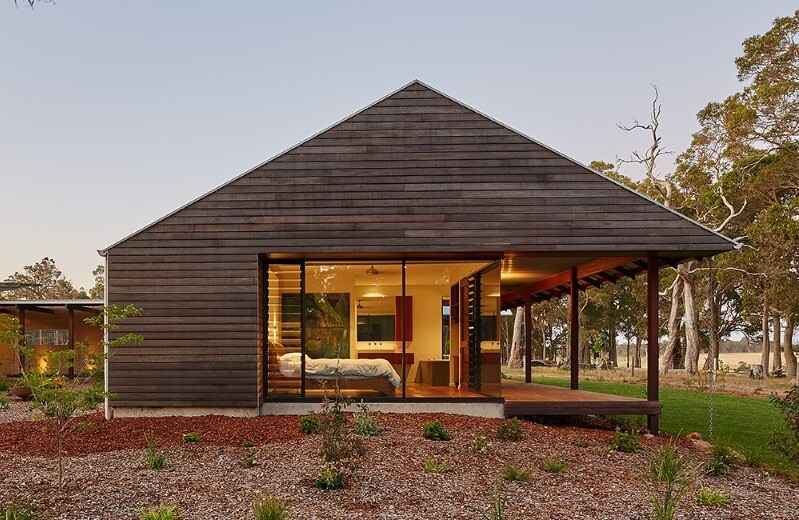 Modern-australian-farm-house-with-passive-solar-design-15